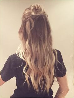 Reminds us of one of the newest CovetFashion Hair styles So cute