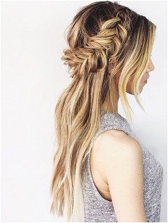 Your Ultimate Summer Braid Guide Straight From Instagram Boho Wedding Hair Half Up Hippie