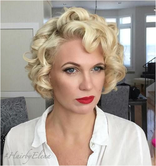 Vintage Short Curly Blonde Hairstyle