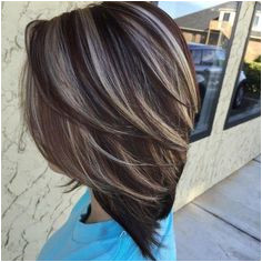 Brown Highlights Inverted Bob Haircut Brown Blonde Hair Dark Brown Hair With Blonde Highlights