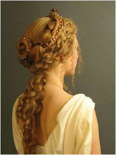 Ancient Greek inspired hairdo Roman Hairstyles Hairstyles Fairy Hairstyles Pretty Hairstyles
