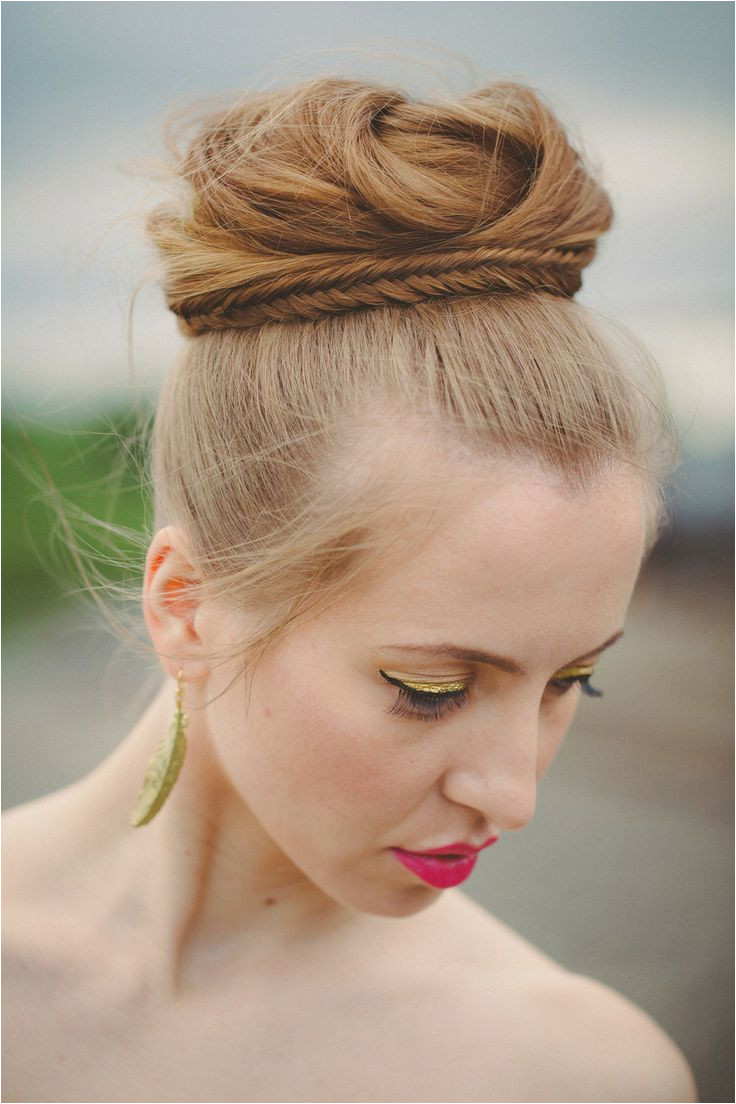 Inspiration to pull off a top knot wedding hairstyle Knot Hairstyles Bun Hairstyle Bridal