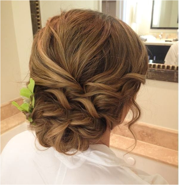 Creative and Elegant Wedding Hairstyles for Long Hair