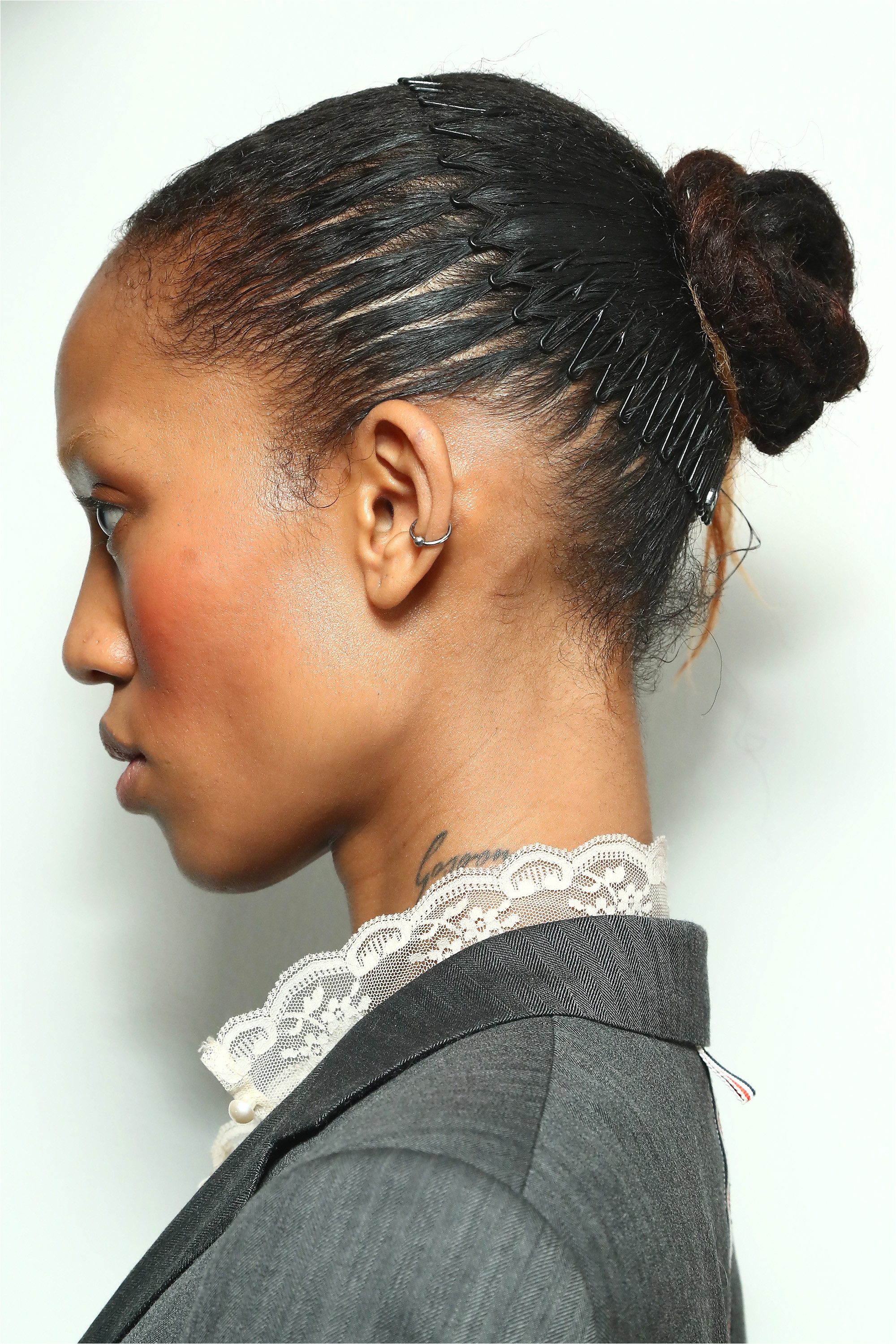 Braided Headband Hairstyles Step by Step Lovely Hair Accessories From the 90s are Making A Eback