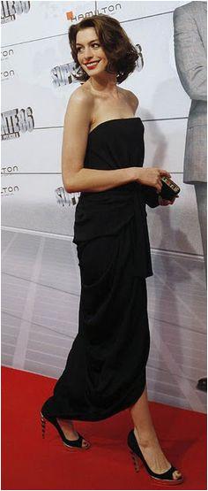 Anne Anne Hathaway Style Perfect Little Black Dress Black White Red Sartorialist