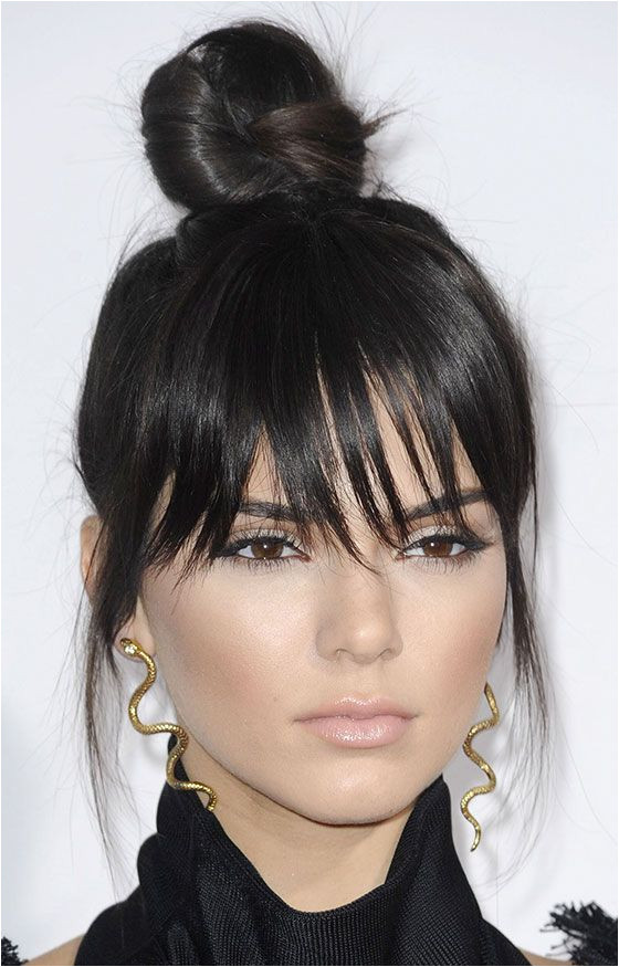30 Awesome Hairstyles To Hide That Big Forehead