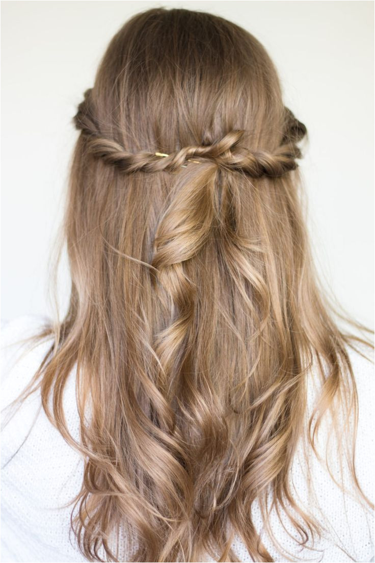 twisted half up hair style tutorial pantene 7316