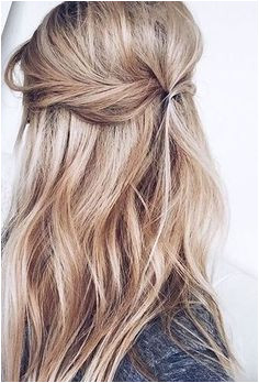 easy hairstyle ideas Beachy Wave Hair Beachy Hair Styles Down Hair Styles Frizzy
