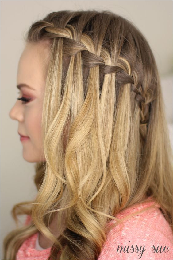 Tutorial Waterfall braid half updo CircleTrest