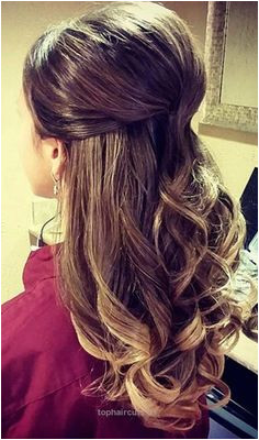 Hairstyles For Thin Hair – The Half Updo… Hairstyles For Thin Hair – The Half