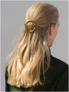 5 Minute Party Hairstyles