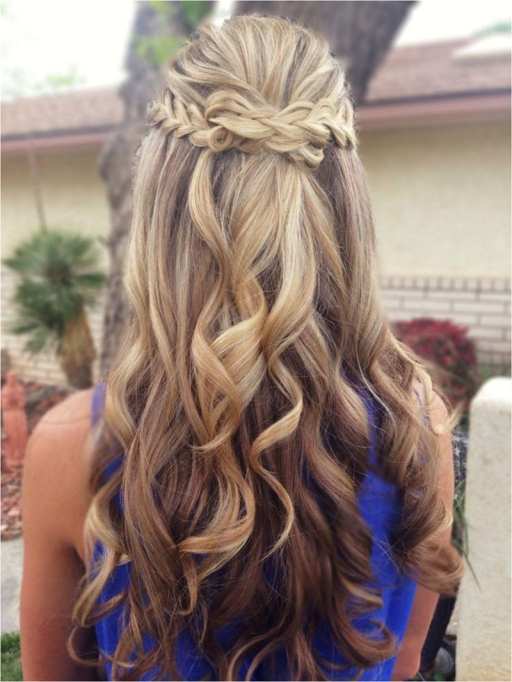 Prom hairstyles for long hair half up half down as fantastic ideas for unique prom hairstyles 6