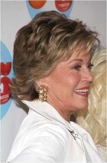 Jane Fonda Short Celebrity Hairstyles Over 60 l