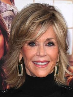 23 Ravishing Medium Layered Haircuts with Bangs Jane Fonda Hairstyles Shag Hairstyles Celebrity
