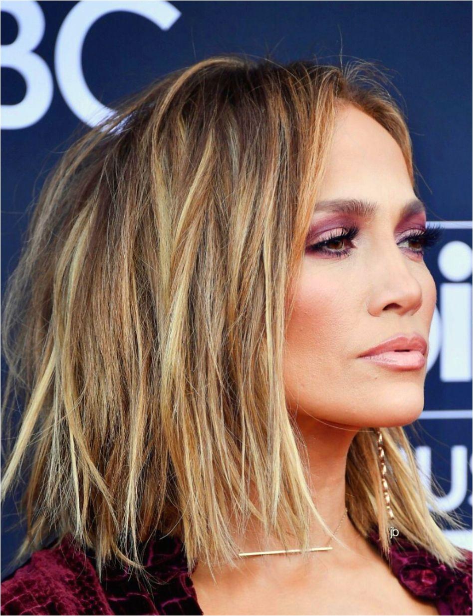 Jennifer Lopez Short Hairstyles Jennifer Lopez Short Bob Hair Cut with Blonde Balayage Hair Color