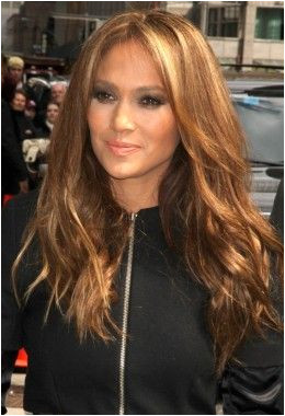 JLo with Dark Golden Blonde Hair think I am gonna darken up my blonde a bit tomorrow I really love this color