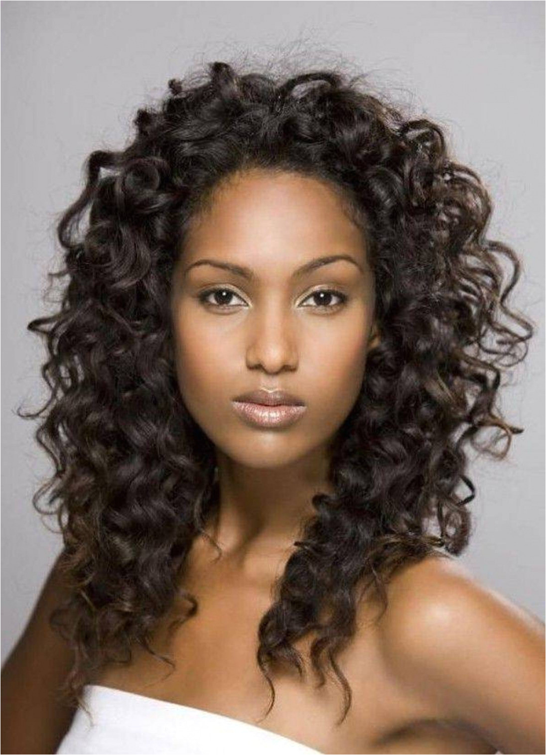 Elegant Medium Curly Hairstyles for Black Women Short Natural