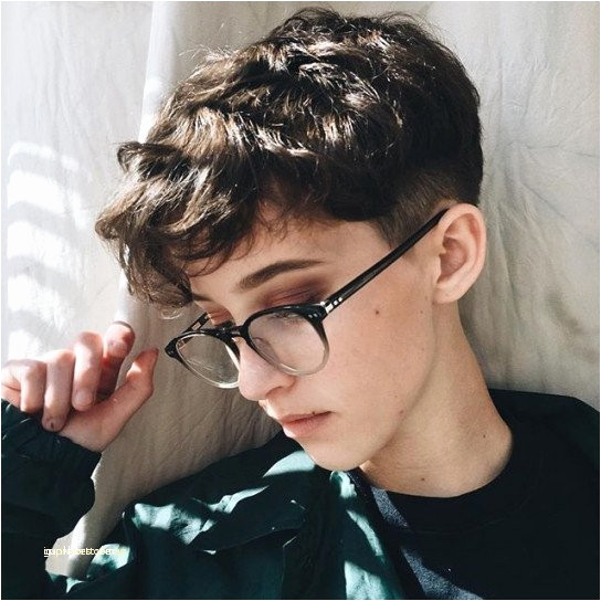 Short Hairstyles with Glasses Beautiful Black Natural Hair Cuts Foxy Drake Haircuts Best tomboy Haircut 0d