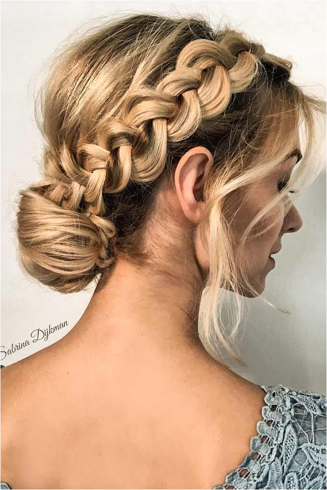 30 Great Hair Updos For Christmas Hair