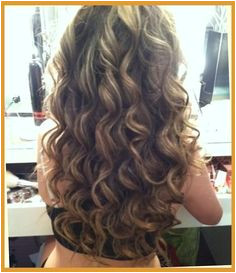 Brown Amp Blonde Smokey Curls Hairstyles And Beauty Tips Beautiful Curls Body Wave Perm Hair Styles