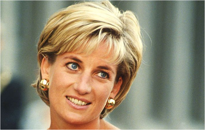 Volunteers discover unmarked mausoleum in Corkbeg graveyard holds the body of Princess Di s great