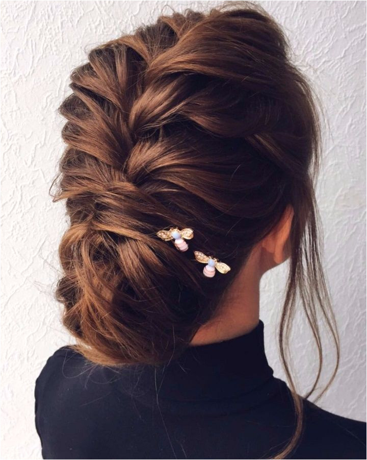 This hairstyle is so amazingly elegant and modern Yet timeless and classic