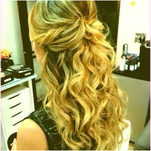 Bridesmaid Hairstyles Half Updos formal Hairstyles Half Up Half Down Curly Beautiful Wedding