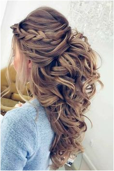 Superb Pretty Half up half down hairstyles – Pretty partial updo wedding hairstyle is a great options for the modern bride from flowy boho and clean