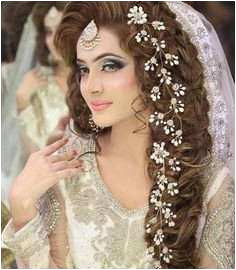 Different Indian Hairstyles for Girls Beautiful Indian Wedding Sample Indian Wedding Hairstyles Unique Engagement Different