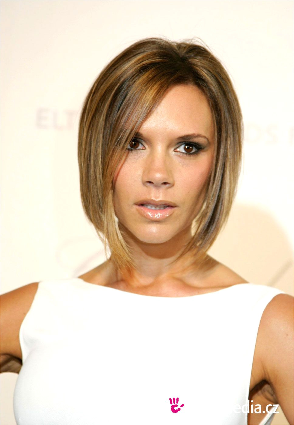 Victoria Beckham Hairstyle Simple Hairstyle Ideas For Women and Man