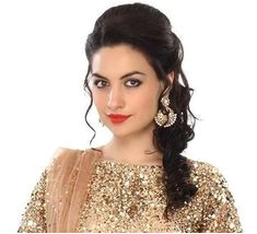 Hairstyles For Curly Hair Lehenga curly hairstyles hairstylesforcurlyhair lehenga Lehenga Hairstyles