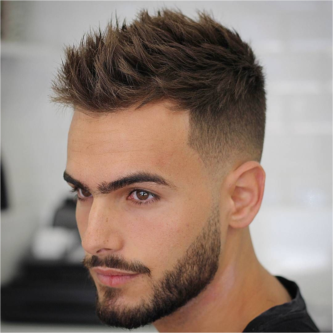 Updated on 4 November 2016 If you want short hair that is easy to style but looks great look no further than these men s short haircuts