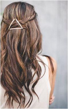 3 x pitkän tukan iisit ideat Meikkipää by Riia & Laura Bobby Pin HairstylesEasy HairstylesSummer