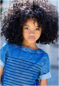 """Mom & Daughter Do The """"Afro Dance"""" TOO CUTE"""