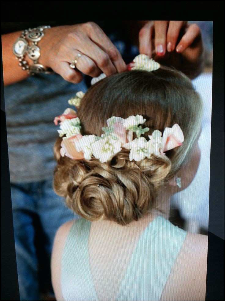 Wedding Hairstyle for Girls Beautiful Wedding Hair Flower New Media Cache Ak0 Pinimg 736x 0b 0d