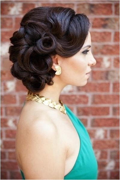 Retro updos for long hair photo 1 Every Princess needs pretty things for a Ball