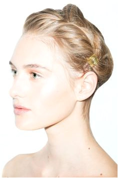 7 Hacks That Will Transform Your Hairstyle refinery29 inery29