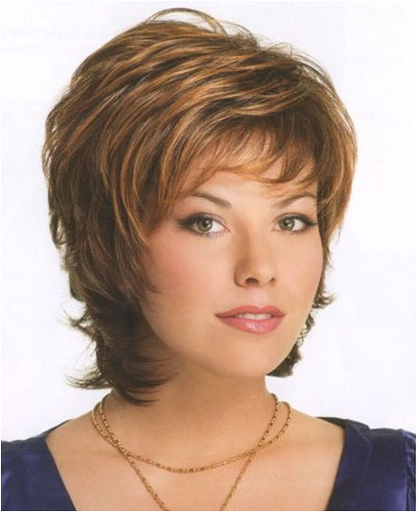 like the color and top not so much past the chin cut Short hairstyles for women over 50 years old