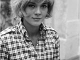 1940s Bob Haircut for Vintage Lovers 60 S Short Hairstyles