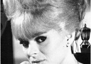 1960s Womens Hairstyles 172 Best Vintage Hair Styles Images On Pinterest