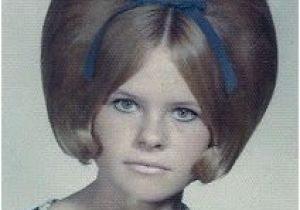 1960s Womens Hairstyles 1960s Teased Hair Google Search