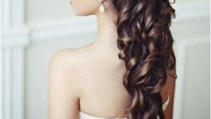 5 Curly Wedding Hairstyles I Think My Hair Would Be Long Enough for This by September if I Don
