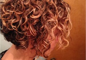 A Line Hairstyles Curly Hair Hairstyles Short Curly Haircut Natural Look Beautiful Natural Curly
