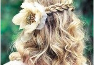 A List Of Hairstyles for School 169 Best Hair Styles for Your School Ball Images