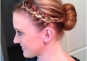 A List Of Hairstyles for School 33 Best Nurse Hairstyles Images