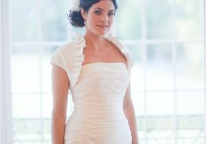 Best Hairstyle for Strapless Wedding Dress Hairstyles for Strapless Dresses