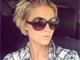 Best Hairstyles for Growing Out A Pixie Growing Out the Pixie Idea Favorite Hair Cuts Pinterest