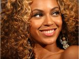 Beyonce Wedding Hairstyle Curly Down Wedding Hairstyle Beyoncé S soft Curls