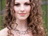 Big Curly Wedding Hairstyles 25 Fantastic Wedding Hairstyles for Curly Hair