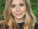 Blonde Hairstyles Middle Parting Summer Haircut Styles Long Version Elizabeth Olsen